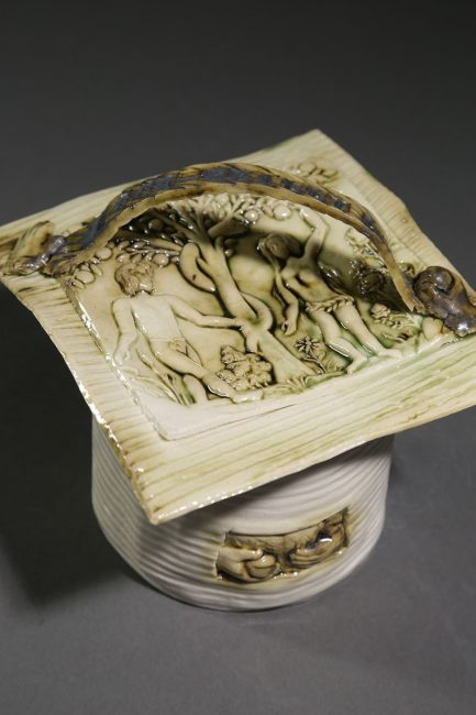 Look, Really Look Box inches by Inge Roberts. (Stoneware Porcelain Vessel)
