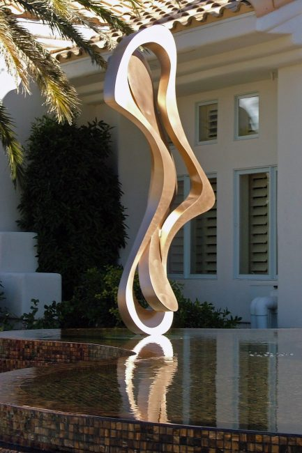 Spirit Form. Abstract Steel Sculpture by Riis Burwell