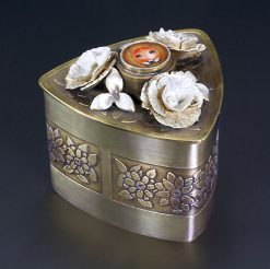 Lady Bug Box. Art Jewelry by Carol Salisbury