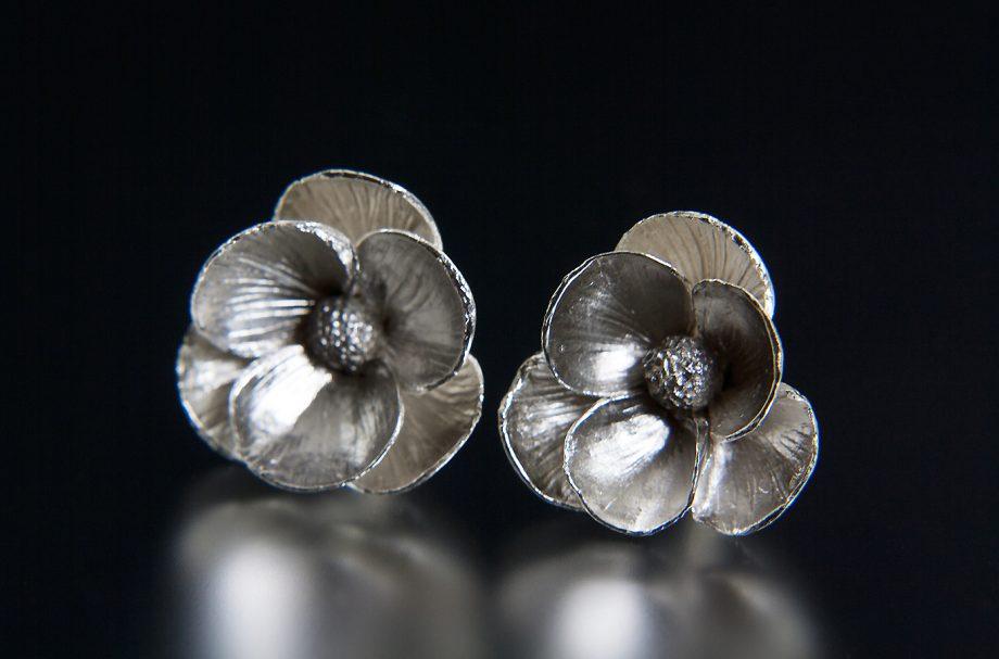 Poppy Earrings. Art Jewelry by Carol Salisbury