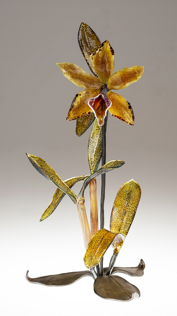 Gold Cattleya on Leaves by Loy Allen (Art Glass Sculpture) | American Artwork